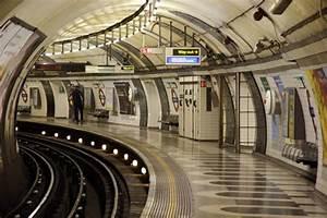 London Underground Crippled By Strike  U2013 Guardian Liberty Voice