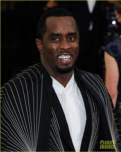 Diddy Explains Why He Laid on the Met Gala Stairs!: Photo ...