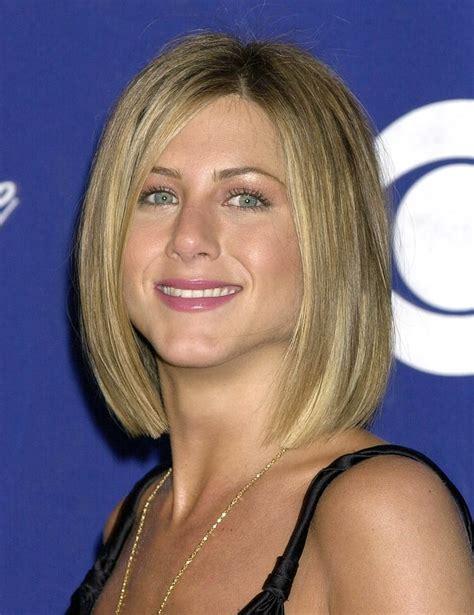 layered bob haircut january 2001 aniston s hair evolution us weekly 1995