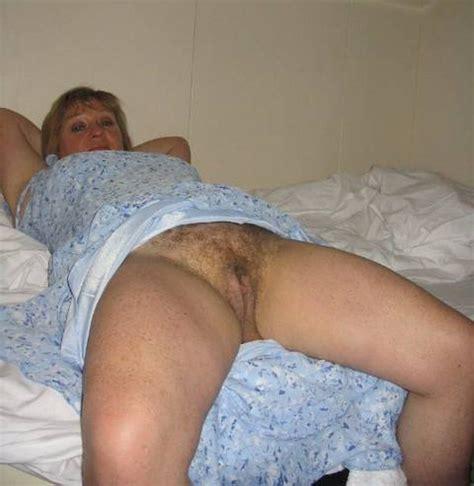 hairy porn pic mature hairy upskirt 44
