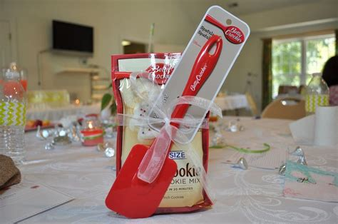 Cheap Baby Shower Prize Gifts - cheap and easy bridal shower favors or prizes for i