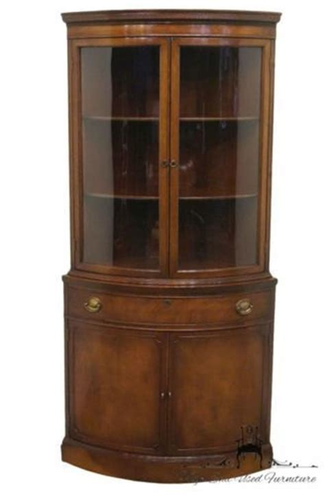 Duncan Phyfe China Cabinet 1940 by 1940s Duncan Phyfe Mahogany Corner Display China Cabinet