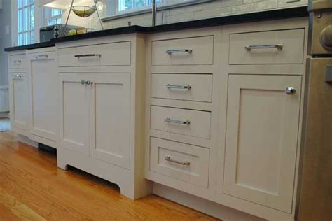 Selecting Your Kitchen Cabinets L Styles & Wood Choices L