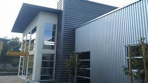 Industrial room design, homes with corrugated metal siding