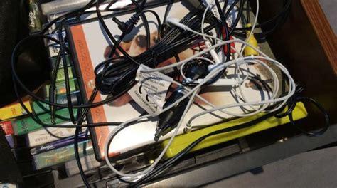 comment ranger ses cables comment ranger facilement vos c 226 bles 224 la maison
