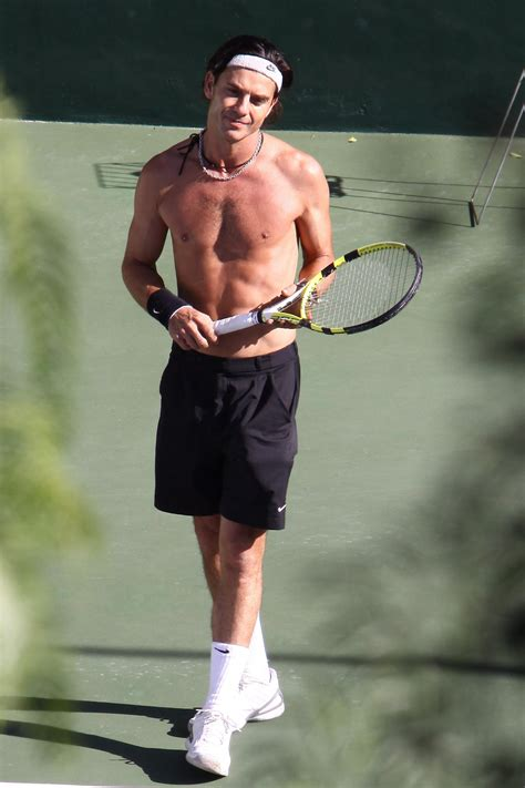 Photos of Shirtless Gavin Rossdale Playing Tennis Before ...