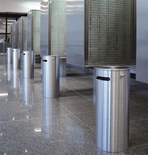 außenbereich im innenbereich aschenbecher im aussenbereich oder einen abfallbeh 228 lter aussen