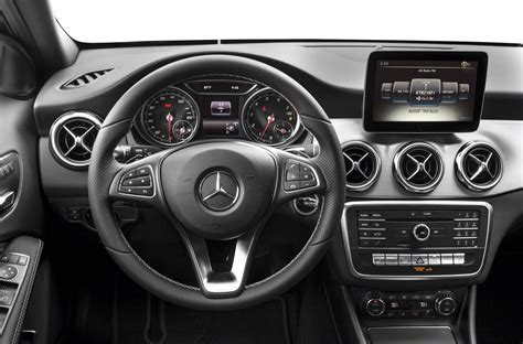 Compare 2 gla 250 trims and trim families below to see the differences in prices and features. New 2018 Mercedes-Benz GLA 250 - Price, Photos, Reviews, Safety Ratings & Features