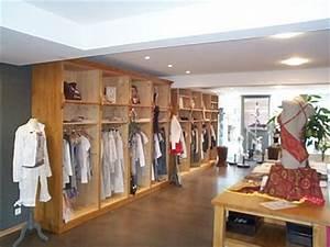 Boutique De Meuble : meuble penderie penderie magasin meuble marcelis luc ~ Teatrodelosmanantiales.com Idées de Décoration
