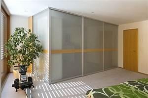 Gardinenstange über Eck : eck einbauschrank mit abschlussseite aus glas auf zu ~ Michelbontemps.com Haus und Dekorationen