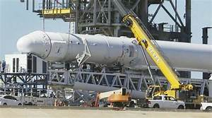 SpaceX Dragon to deliver crew supplies, research to ISS ...