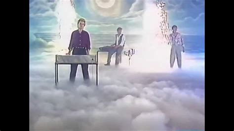 Sounds Like A Melody (hd/1984)