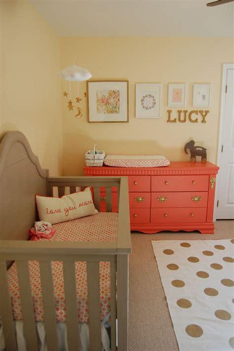 decor chambre bebe décoration chambre bébé corail chambre de bébé