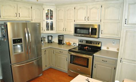 kitchen cabinets two colors image to u