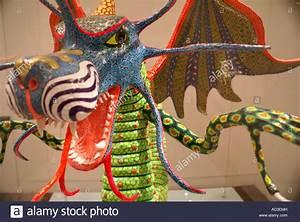Sculpture En Papier Maché : papier mache dragon alebrije sculpture in the museum of popular art stock photo royalty free ~ Melissatoandfro.com Idées de Décoration