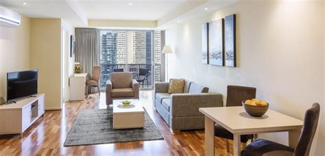 3 bedroom apartments wi serviced apartments melbourne cbd oaks on lonsdale