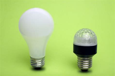 light bulbs ls causes of color