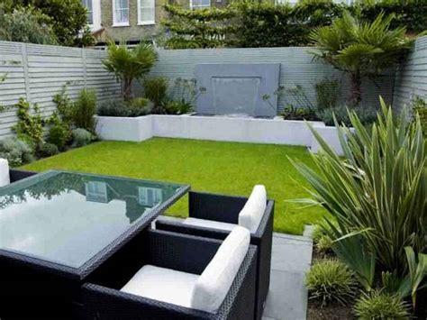 tips menciptakan taman mungil indah segar depan rumah