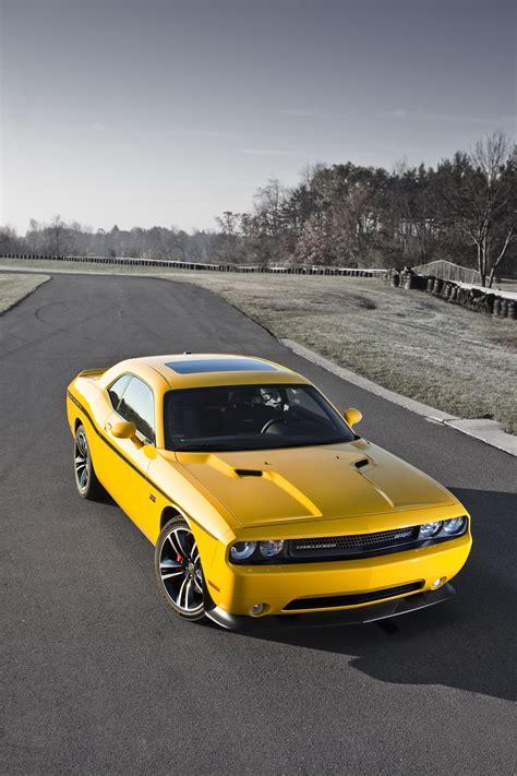 2018 Dodge Challenger Srt8 392 Yellow Jacket Review Top