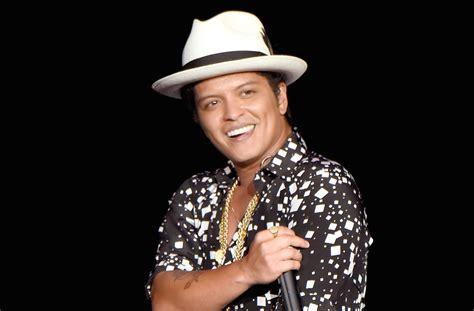 Bruno Mars Reveals 'carpool Karaoke' Appearance 15