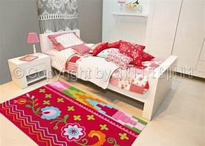 tapis arte espina fleurs datcha rouge 4144 41 lili pouce With tapis chambre bébé avec fleurs cadeaux anniversaire