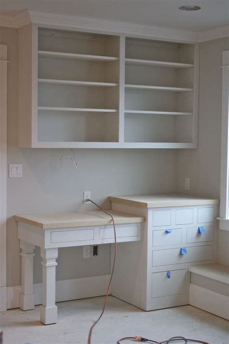 how to build a built in desk with drawers build corner bookcase woodworking projects plans