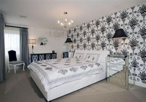 chambre a coucher baroque le papier peint baroque et le style moderne classique