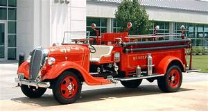 1937 Ford    Seagrave