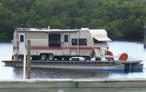 Hillbilly Boat by Pontoon Rednecks