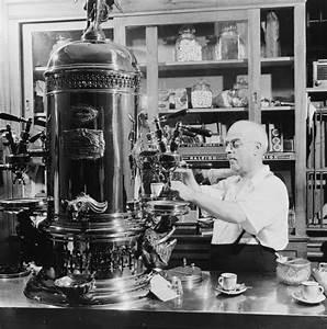 Machine A Cafe : looks like espresso vendors appreciated the principles of ~ Melissatoandfro.com Idées de Décoration