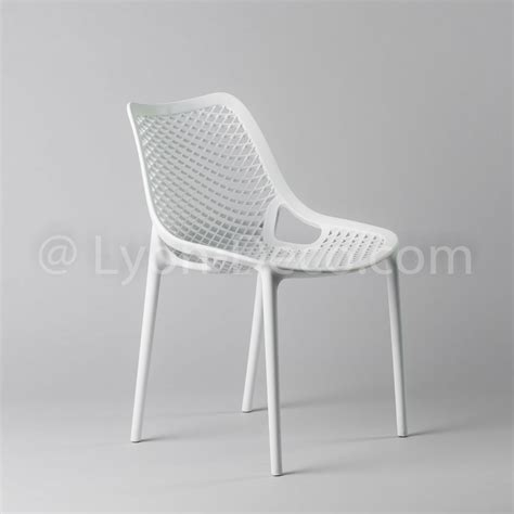 chaise nid d abeille location chaise della blanche modle nid d 39 abeille polypropylne