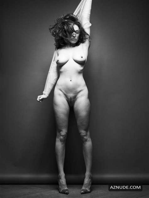 Kelly Brook Nude Aznude