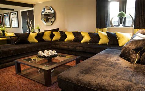 living room decorating ideas with chocolate couch