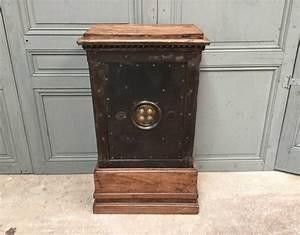 Coffre Fort Prix : ancien coffre fort vers 1850 ~ Premium-room.com Idées de Décoration