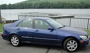Fs 2002 Blue Is300 33k Miles 5sp Manual Nj  Ny