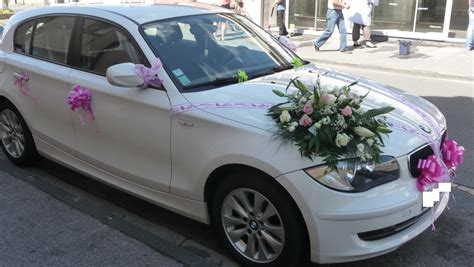 decoration voiture de mariee l air floral