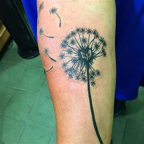 Tatouage Fleur De Pissenlit