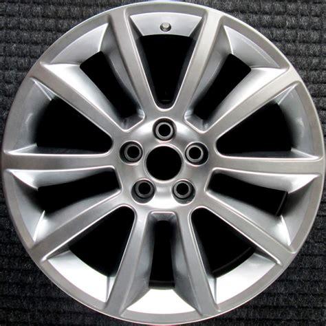 ford flex hyper silver   oem wheel