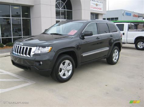charcoal jeep grand cherokee black 2011 dark charcoal pearl jeep grand cherokee laredo x