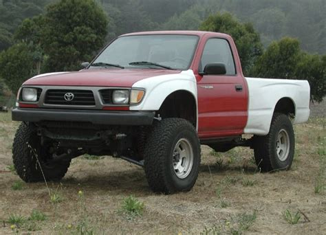 multi color linked  toyota tacoma page  piratex