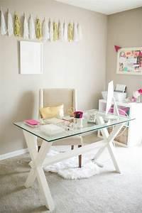 Home Office Einrichten Ideen : glasschreibtisch das sch nste accessoire f r ihre minimalistische b roeinrichtung ~ Bigdaddyawards.com Haus und Dekorationen