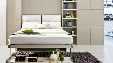 canapé lit roche bobois le lit escamotable pour petits espaces