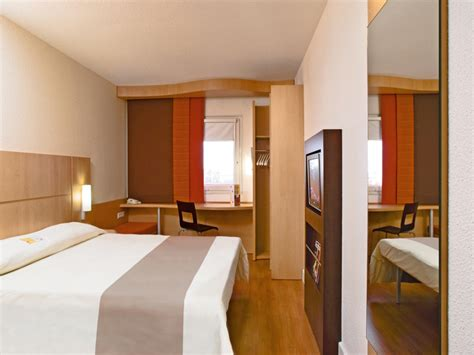 chambre ibis hotel port en bessin huppain hôtel ibis normandie calvados