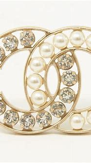 Top 10 Chanel Brooches you should know - Dezi Jewelry ...