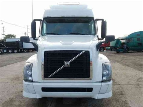 2015 volvo big rig volvo vnl64t670 2015 sleeper semi trucks