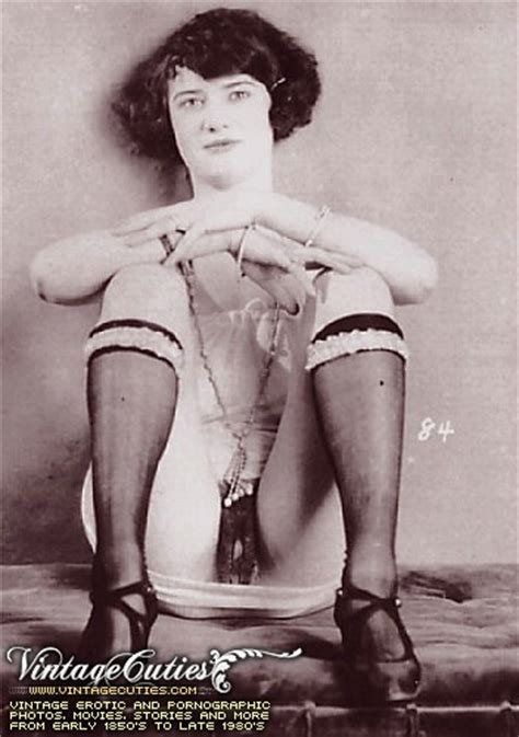 Sexy Naked Beauty In Vintage Photos In Porno Of Year