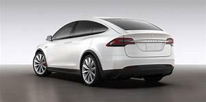 Tesla Model X revealed via online configurator Photos 1 of 5
