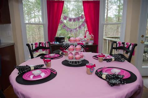 pink pig party baby shower ideas
