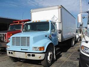 2002 International 4700 Box Truck    Dry Van For Sale