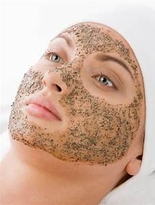 Maske Gegen Unreine Haut : gesichtspeeling selber machen und hautunreinheiten vorbeugen kosmetik pinterest ~ Frokenaadalensverden.com Haus und Dekorationen
